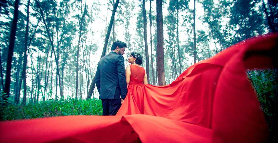 Our Favorite Pre-Wedding Shoots of May 2017