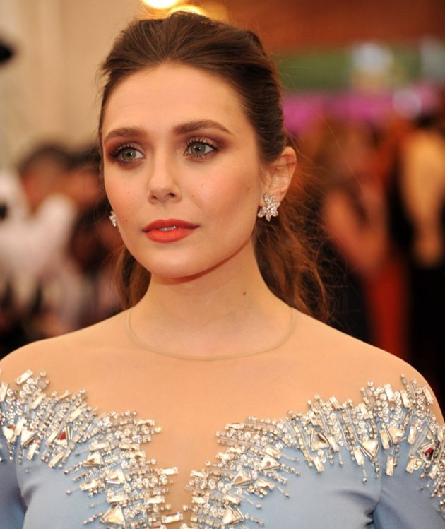 elizabeth-olsen-at-met-gala-2014-in-new-york_7