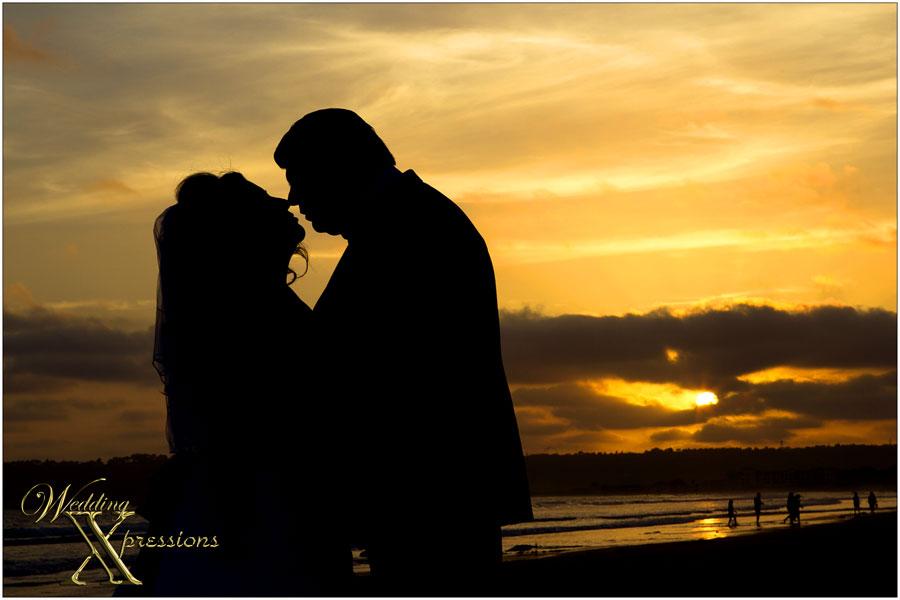 wedding beach silhouette