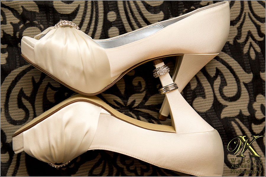 wedding shoes with rings