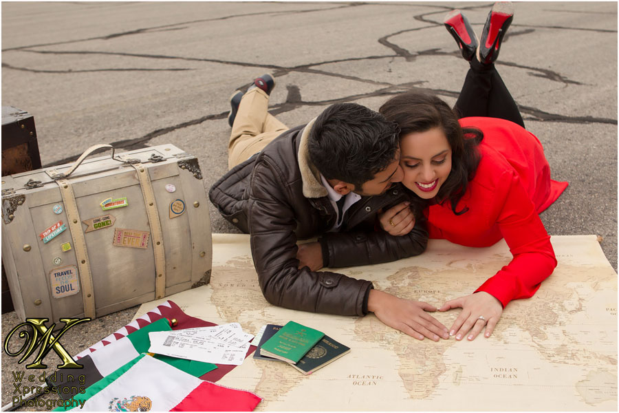 travel themed engagement session