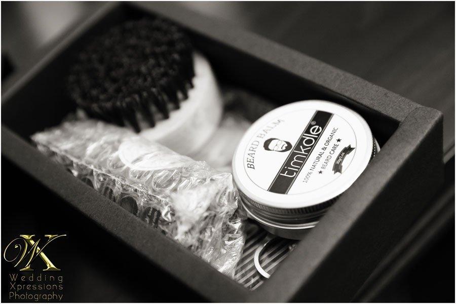 Gift to groomsmen, beard kit