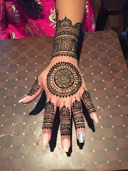 Eid Mehndi Design for Back Hand