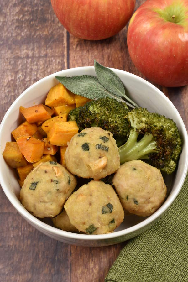 Baked Chicken Apple Meatballs  WednesdayNightCafe.com