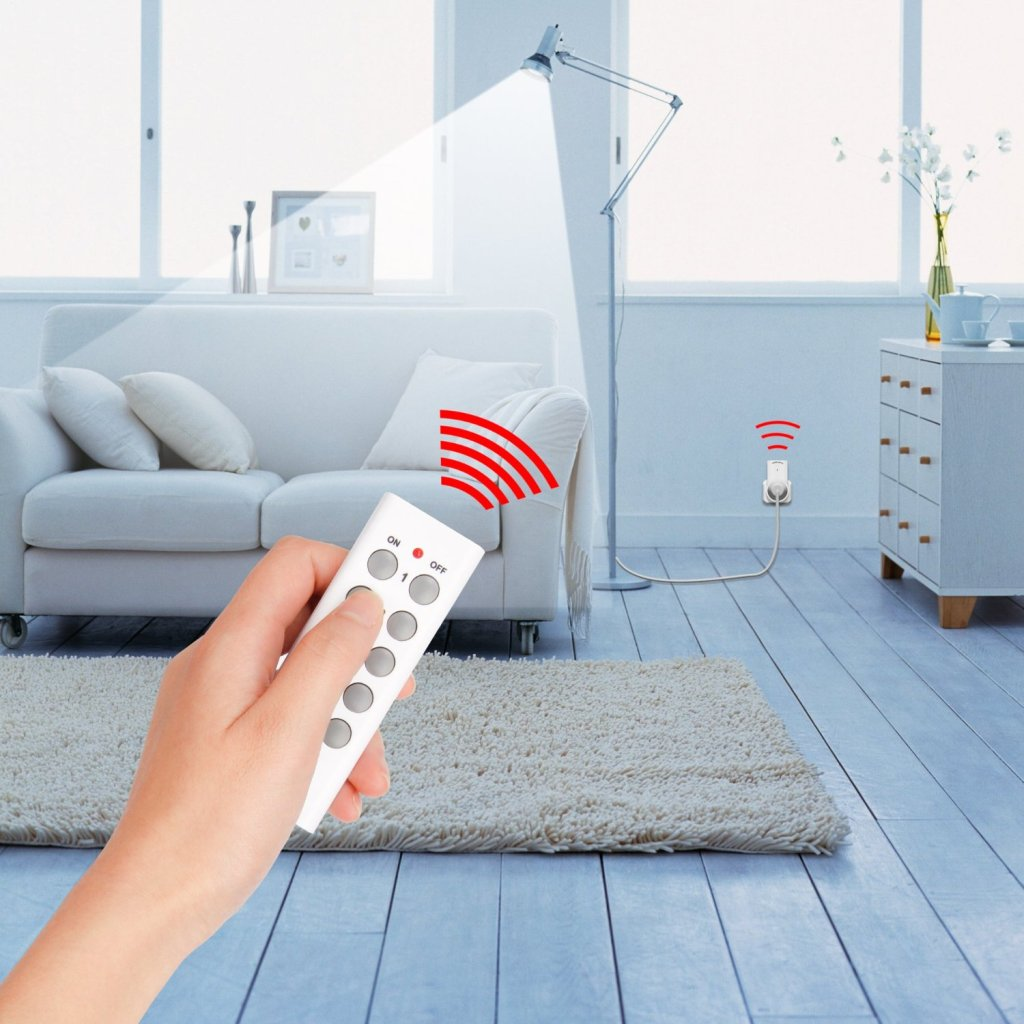 Automate Your House With a Remote Control Electrical Outlet Switch