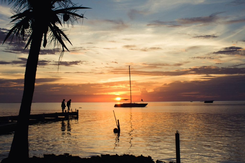 Sunset Sailing: Snorkelling in Caye Caulker