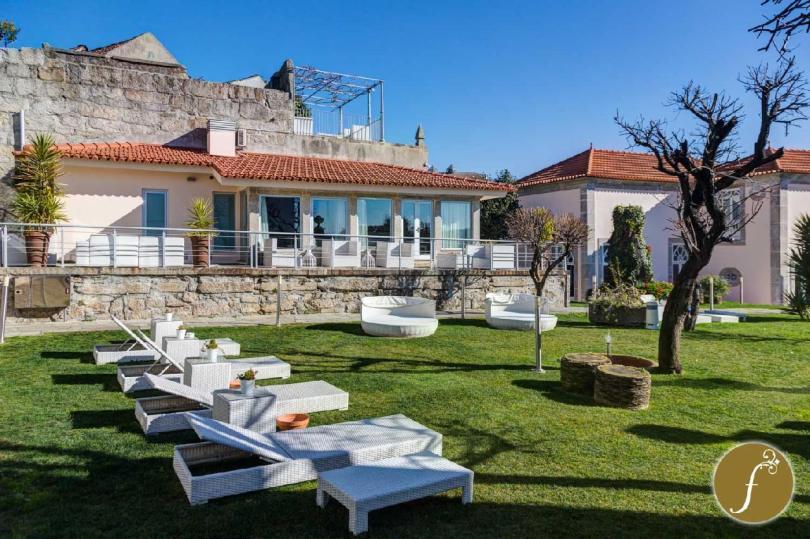 Jardin et terrasses du Flores Village Hotel Spa - 4 etoiles - Porto