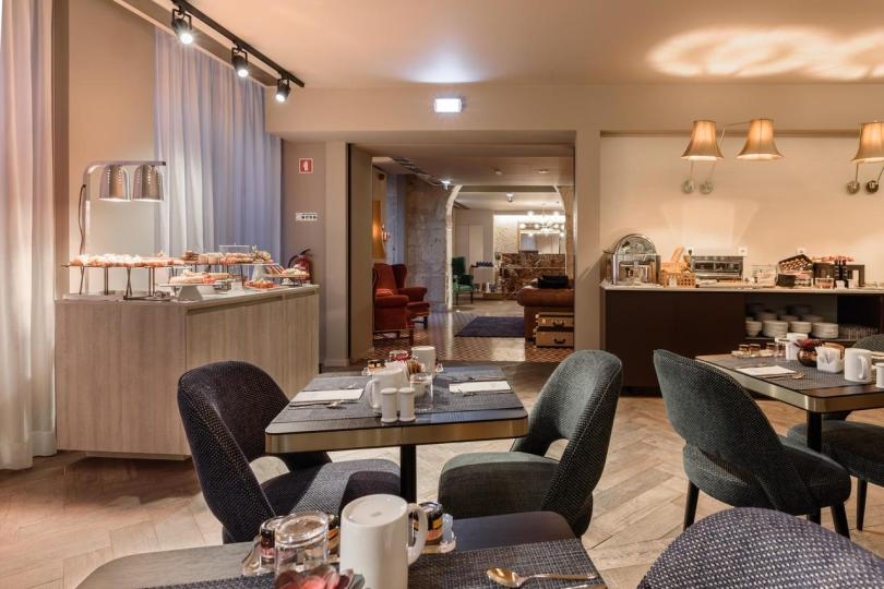 Salle du petit dejeuner - Exe Alma - Hotel 4 etoiles - Porto