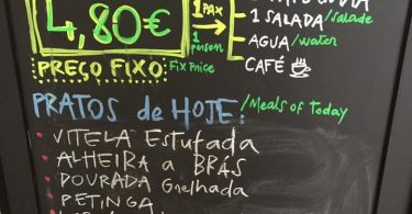 Ardoise avec menu moins de 5 euros - Porto
