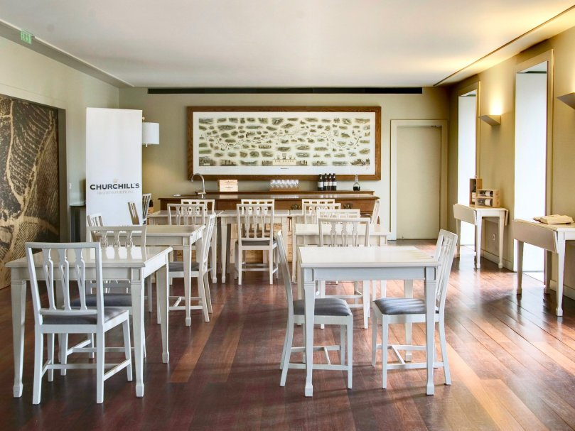 Salon de degustation des caves Churchills - vin de Porto - Vila Nova de Gaia
