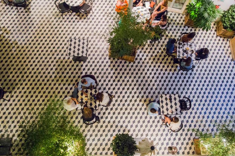 Patio interieur du Vogue Cafe Porto
