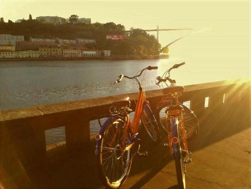 Velos de chez Sportours au bord du Douro - Porto