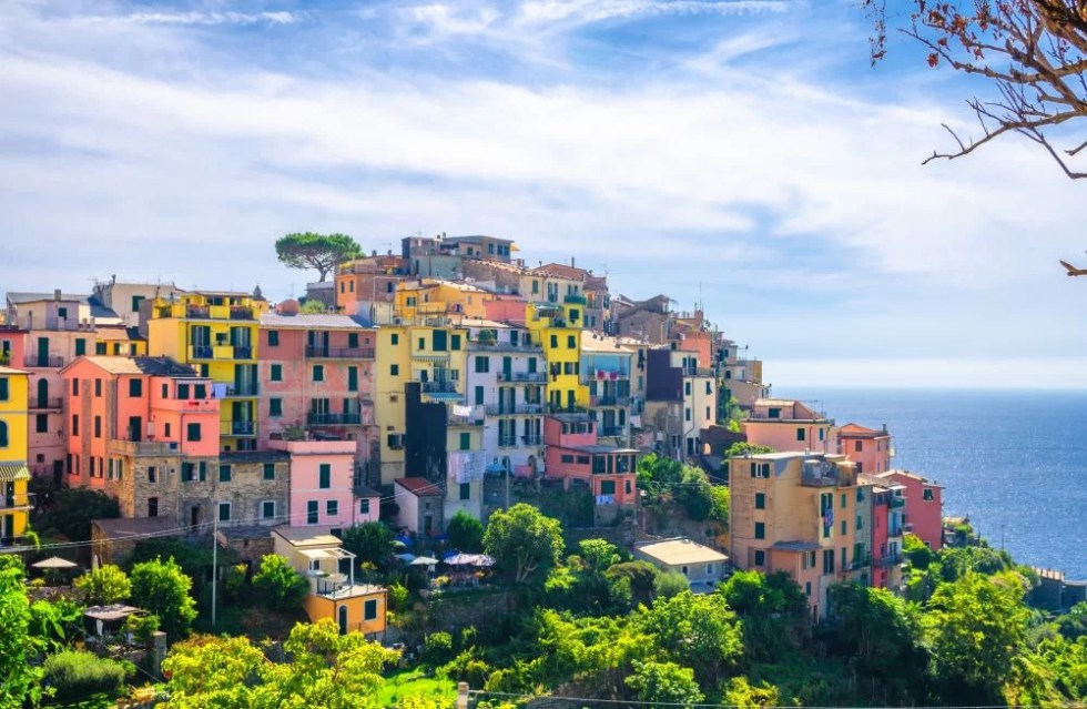 europe-italy-vernazza-weekend-romantic-lover