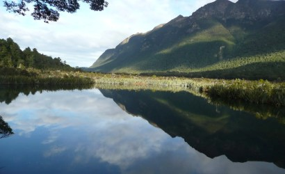 Mirror Lakes Eglinton Valley on Milford Sound Road