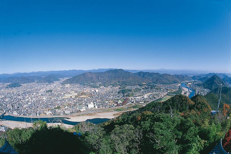 岐阜城から見た長良川