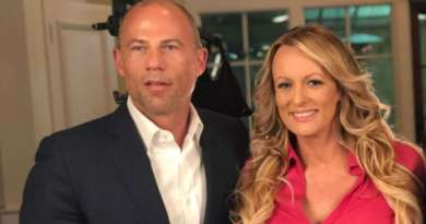 Trump blasts Avenatti as 'low-life' and 'third-rate lawyer'