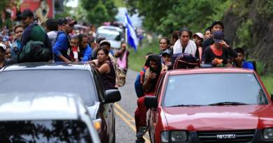 Who are willing to see caravan invasion of America?