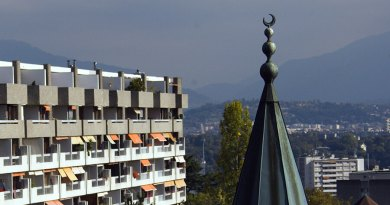 Switzerland mosques have connections with ISIS