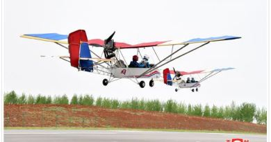 Super-light plane tourism grows popular