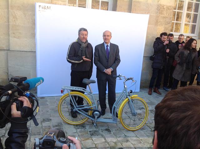 Le Pibal bordelais dévoilé par Philippe Starck et Alain Juppé