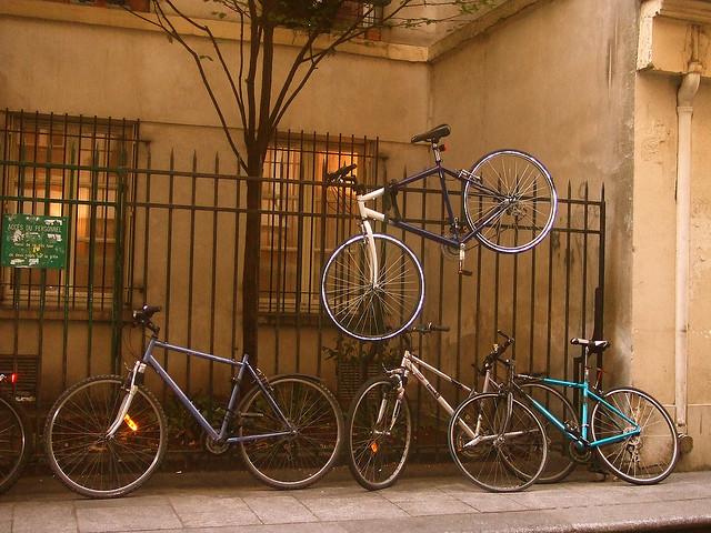 L'épineux problème du stationnement vélo en ville