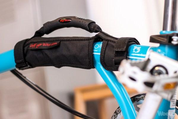 [Test] Poignée Off yer Bike, transporter son Brompton avec classe