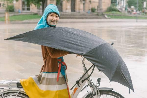 Undercover Umbrella, la protection pluie vélo ultime ?