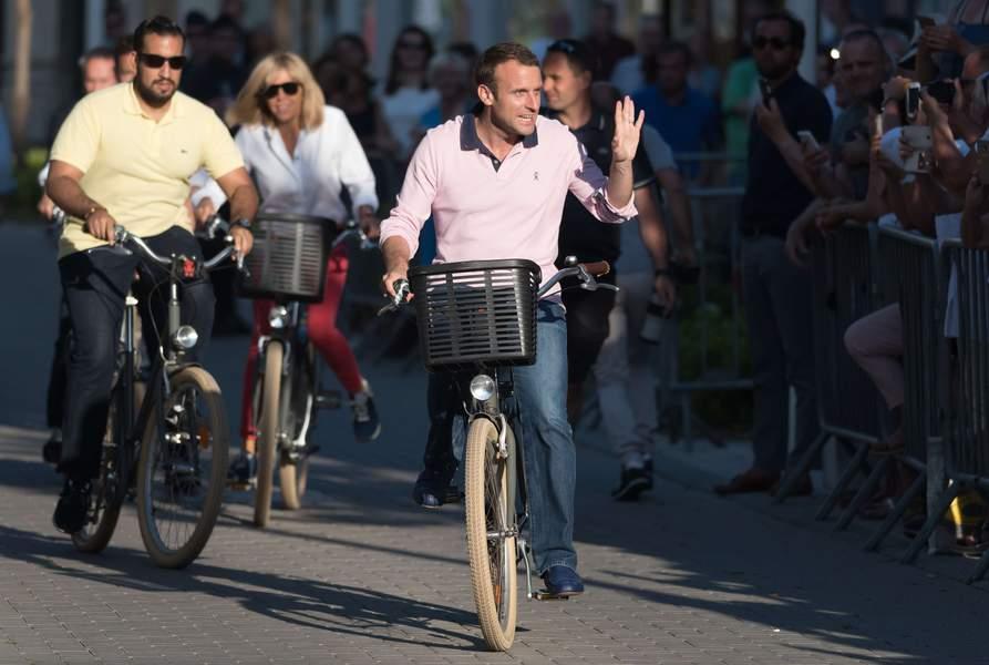 Gouvernement: Les déplacements officiels désormais obligatoires à vélo