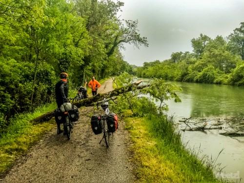Weelz Velo Tourisme Canal Des 2 Mers Mobile 2018  21