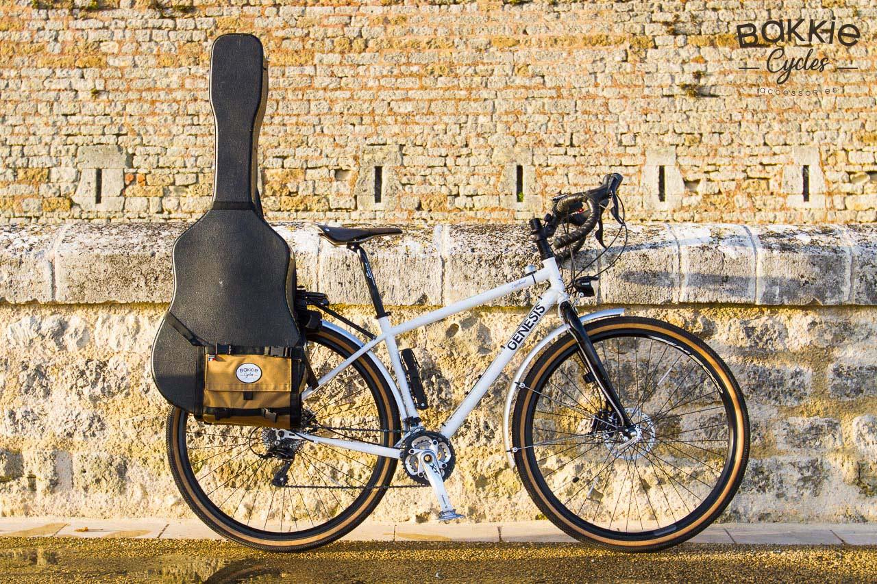 [Test] Bakkie Cycles, la sacoche vélo hybride qui peut transporter (presque) tout