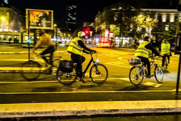 Veste vélo urbain : Les alternatives au gilet jaune