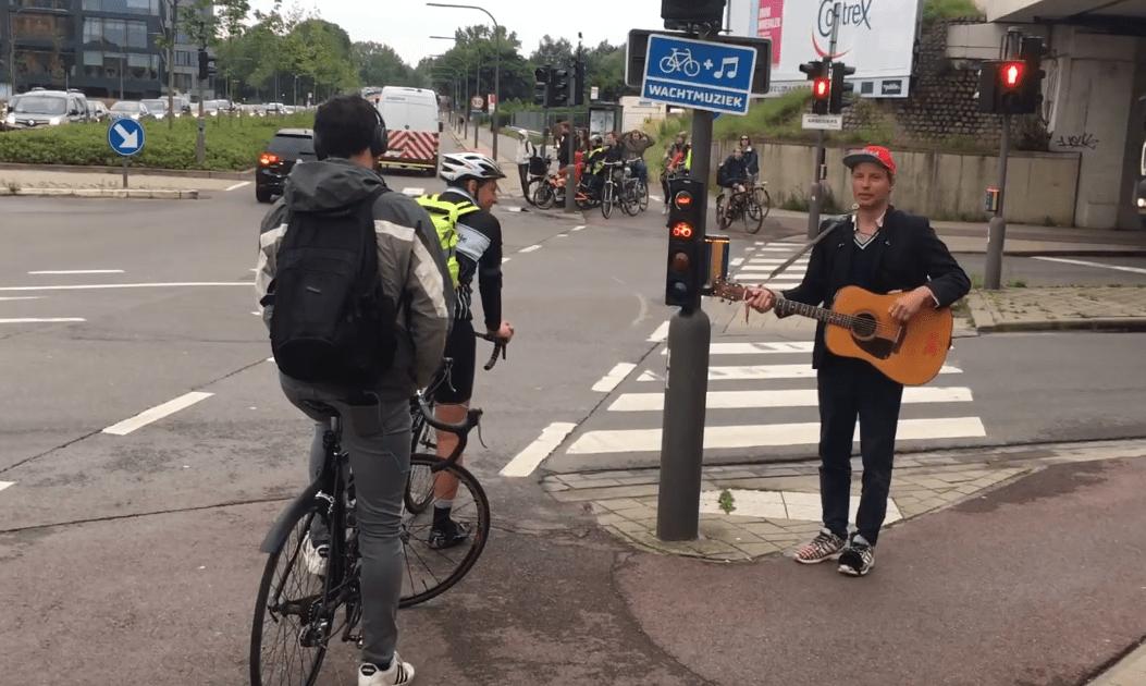Anvers : Musique (live) d'attente pour cyclistes