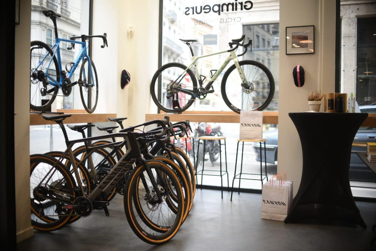 Grimpeurs x Canyon, le café vélo hype de Lyon s'offre un partenariat