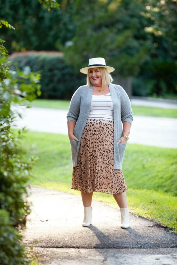 Tiffany in stripe tank, cardigan and leopard skirt - 4 tips for mixing pattern