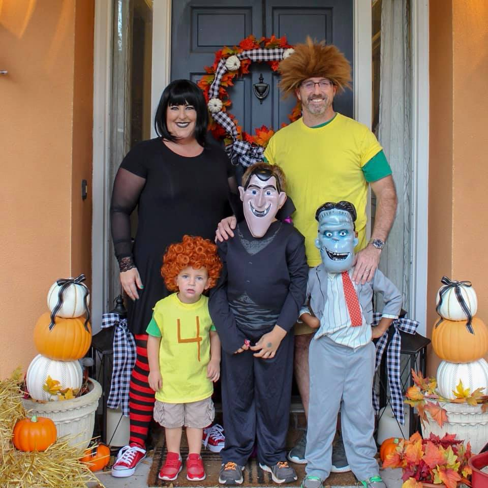 King Family Hotel Transylvania Costumes
