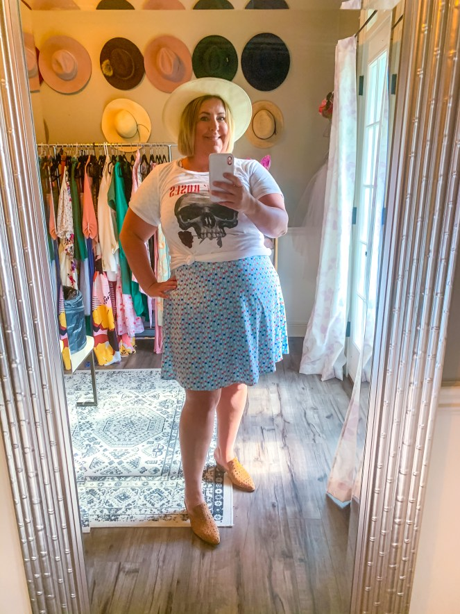 Tiffany in a Bon Temps Boutique T-shirt dress with a graphic tee - Fun T-shirt dresses and how to style them