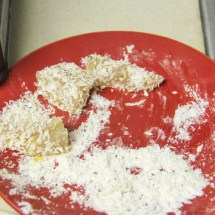 Coat uhu in potato starch and panko mixture