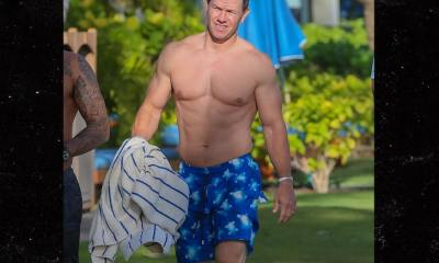 Mark Wahlberg Shows Off Shredded Bod in Hawaii
