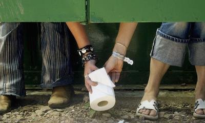 Women Fight Over Toilet Paper in Australia Amid Coronavirus Fears