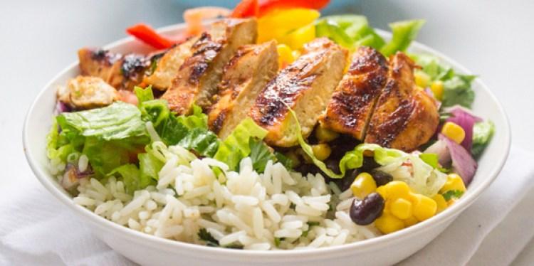 chipotle-burrito-bowl-bodybuilding-meal-prep