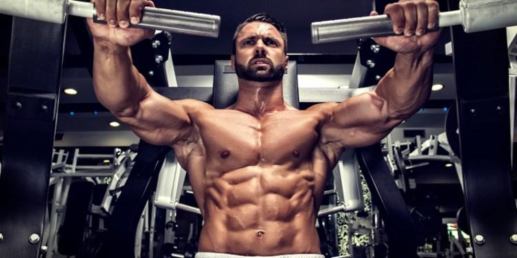 bodybuilder-chest-press-machine