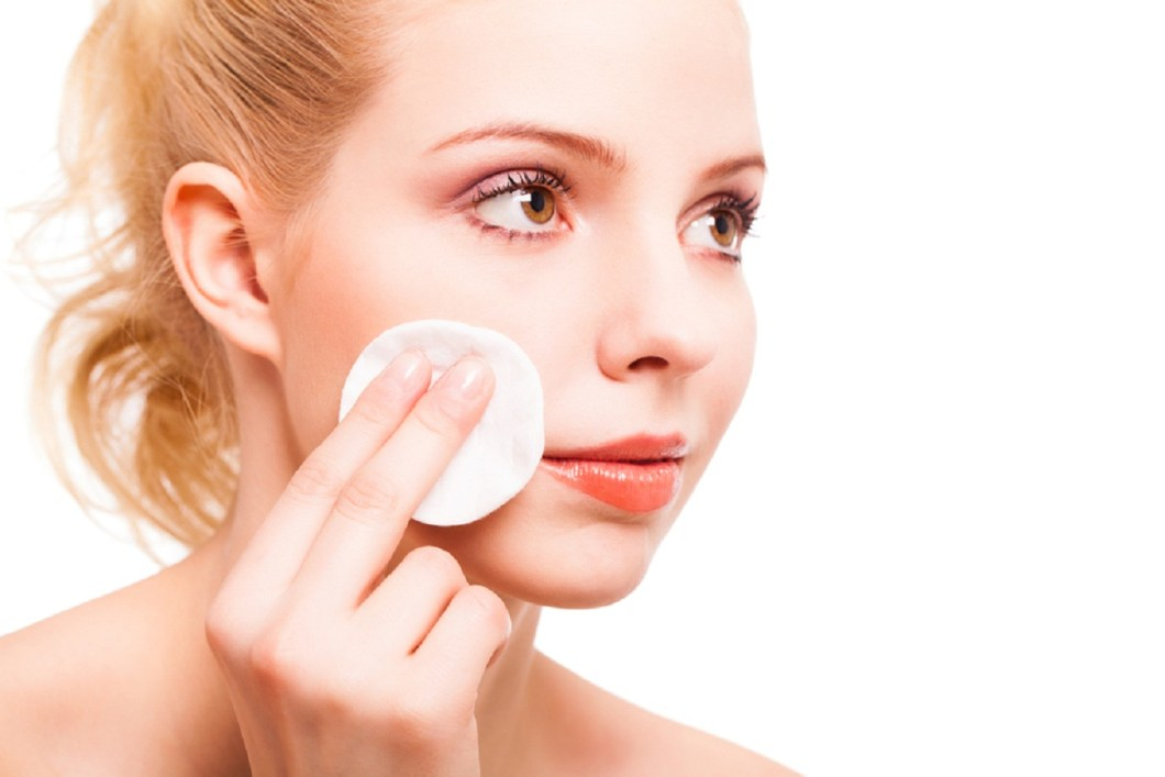 Who Invented Makeup Remover | Decorativestyle.org