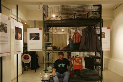 Art-Gallery-to-Showcase-Cages