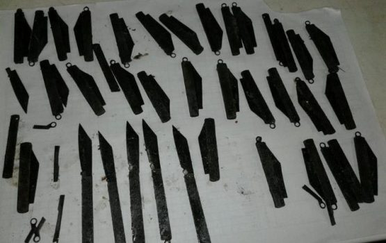 Doctors In India Remove 40 Knives From Man's Stomach-Graphic