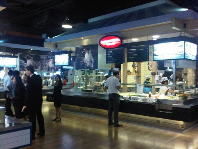 ศูนย์อาหาร Pier 21 ใน Terminal 21 ที่ได้รับความนิยมอย่างสูง