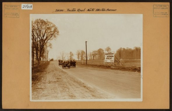 "Boston Road looking North from Allerton Avenue in 1917. A billboard to the right announces the auction of the Lorillard Estate on June 12, 1917 which 1,445 lots were sold and eventually became the Allerton neighborhood./Irma and Paul Milstein Division of United States History, Local History and Genealogy, The New York Public Library. ""Bronx: Boston Road - Allerton Avenue"" The New York Public Library Digital Collections. 1917."