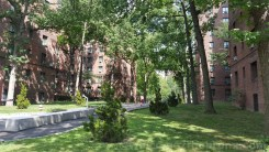 Typical car-free street scene in Parkchester