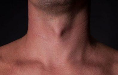 homens-transgenero-buscam-cirurgia-para-reduzir-o-gogo