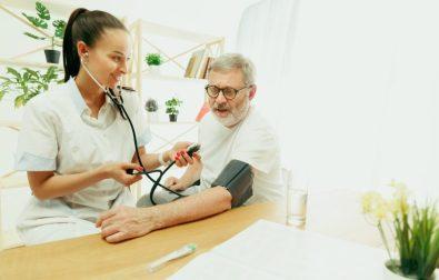 pacientes-com-cancer-e-problemas-renais-agora-podem-ser-tratados-em-casa