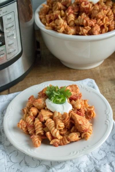 Instant Pot Tex Mex Chicken Pasta #Instant Pot